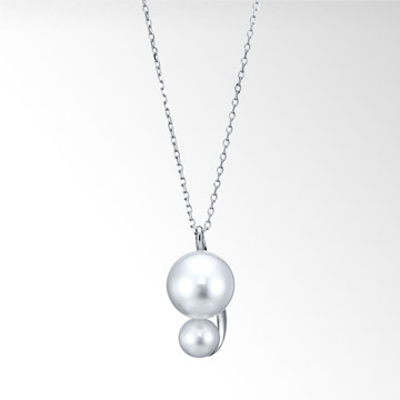 【STAR JEWELRY(スタージュエリー)】PEARL GRAVITY NECKLACE