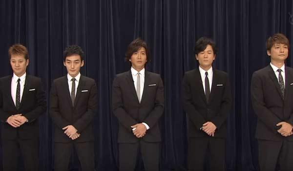 SMAPのメンバー5人が揃って登場